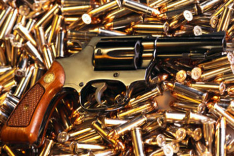Gun_and_bullet_3